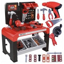 Didelė įrankių dirbtuvė...